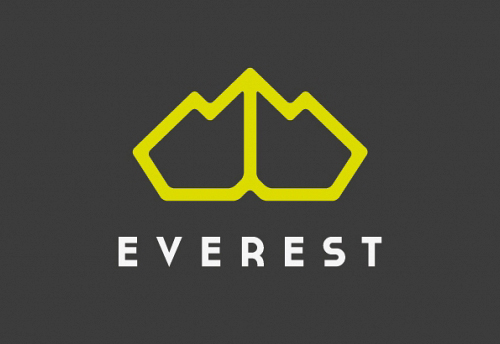 Everest by Juan Tran