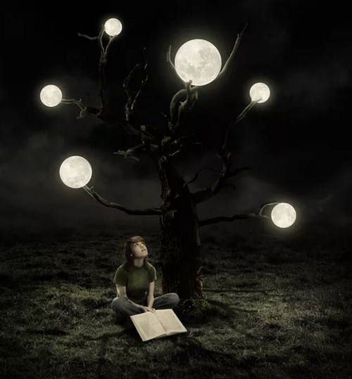 Create a Surreal Artwork of a Tree with Moons in Photoshop