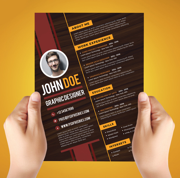 Free Creative Graphic Designer Resume Template