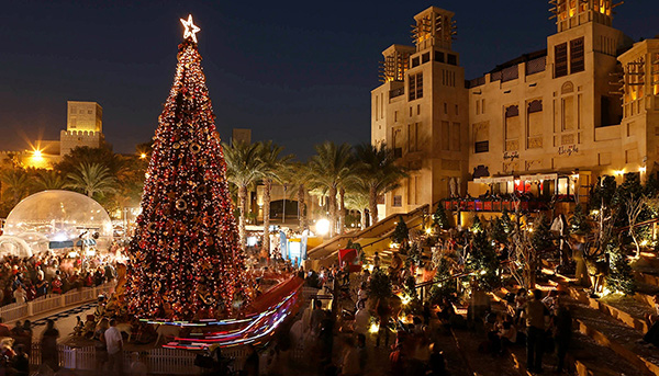 Christmas in World's Most Beautiful Cities - 26