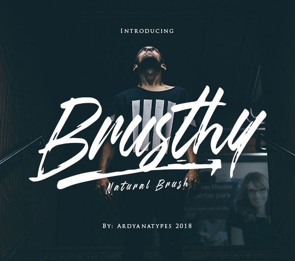 Freebies for 2019: Free Naturral Brush Font 'Brusthy'