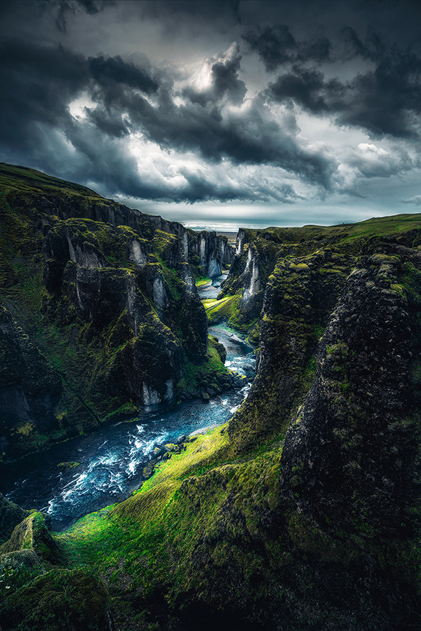 Amazing Waterfall in Iceland Photography by Unknow